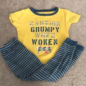 5/$15- Carter's pajamas size 3t